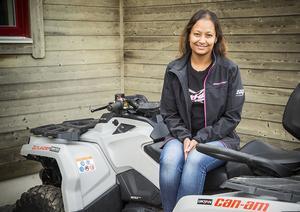 Seema Wärdel har åkt skoter och fyrhjuling sedan barnsben. Hon ser fram emot att kunna ge jämtlänningarna nya kunskaper.