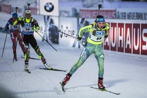 Ska skidskyttetalangen Linn Persson kunna ge det svenska laget den energiinjektion som det behöver?