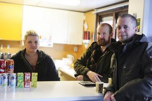 Sofi Hofdel, Jörgen Korpeleinen och Håkan Thullnérs tycke ändå fikaförsäljningen gick över förväntan.