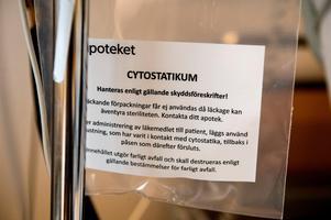 Cytostatika ges för att döda cancercellerna.