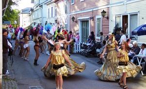 Samba. På fredag kväll är det dags för sambakarneval i Säter.