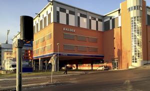 Parkeringshuset Balder – där det blir gratis att stå i över två veckor framåt.