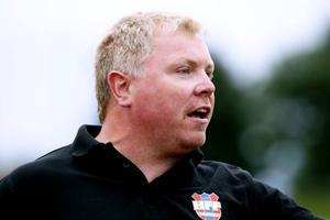 Härnösands tränare Niclas Hälldahl har fått in två nya spelare. Foto: JENS NÄSMAN/ARKIV