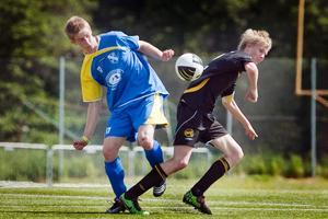 Tysk målskytt. Marius Palass, 15, i Ludwigslust, 15 (till vänster), sysslar även med boxning på fritiden.