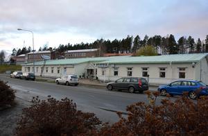 Bygg- och miljönämnden har beviljat bygglov fär utökad hästmottagning på Samservice.