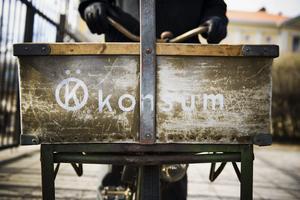 Rejäla grejor. Packlådan är en stadig bit, konstruerad för hålla stången i hårda och guppiga stadsmiljöer.