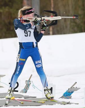 Hedes Nicolina Lindqvist vann sprinten D 16-17 vid DM i Hede