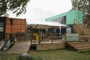 Pop up-krogen Kromme väntas återkomma till sommaren vid Väsmanstranden i Ludvika. Nu uppbackat av ett permanent bygglov.