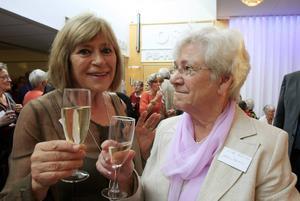 Karin Gunnarsson och Eva-Britt Karlsson, båda ursprungligen från Kaxås, var två av många 39:or som hade samlats på OSD på onsdagen.