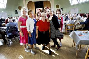 Sex inspiratörer och en projektledare är anställda med hjälp av finansiering från Göranssonska stiftelserna för att utveckla och inspirera till nya arbetssätt på kommunens äldreboenden.