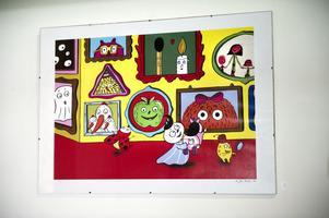 Per José Karlén från Leksand visar originaltryck ur sina bilderböcker.