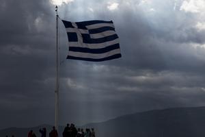 I Snålblåst. Grekland är illa ute efter år av åtstramning och kris. Foto: AP/TT