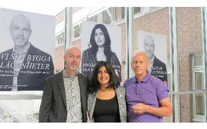 Socialdemokraterna utesluter inte samarbete med borgerliga partier om det inte blir rödgrön majoritet i Falun.Jonny Gahnshag, oppositionsråd, Roza Güclu, riksdagskandidat och Karl- Erik Pettersson, alla från s.