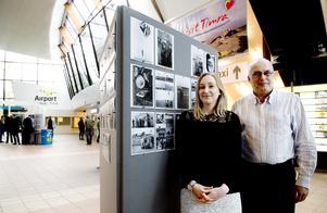 Lyndsay Bloice och Graeme Baxter är forskare från Robert Gordon university i Aberdeen. De gör en studie om små flygplatser och dess betydelse för ortsbefolkningen.