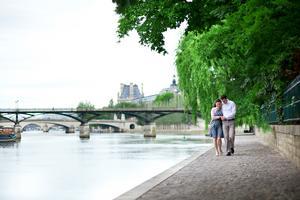 Paris är en väntad deltagare på listan över romantiska städer i filmens värld.