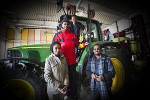 Traktorer var häftiga, tyckte de etiopiska gästerna vid ett studiebesök på naturbruksgymnasiet Nytorp. Harsasjön, Växbo lin och Järvzoo har de också besökt under veckan i Bollnäs.