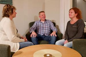 Mona Silverdahl, Rolf Wikstrand och Carola Sandberg är eniga om att kunskap om beroende är en bristvara. Tillsammans håller de kurser för anhöriga till de som har beroenden av olika slag.