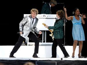 Rod Stewart vet hur man underhåller en publik. Rockikonen tilldelades högsta betyg av Sundsvalls tidnings Per-Roger Carlsson efter sitt uppträdande 2008. Carlsson beskrev konserten som ett