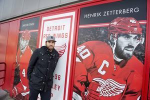 Ryggen håller och Detroit är med i toppen av sin division. Inte konstigt att Henrik Zetterberg verkar tillfreds med NHL-säsongen så här långt.