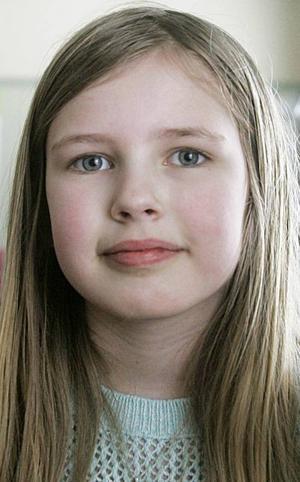 Moa Sträng,9 år, Pilgrimstad:– Jag tycker hon ska heta Johanna, för att det är ett fint namn. Hon skulle kunna heta Lovisa också, det heter jag som andranamn.