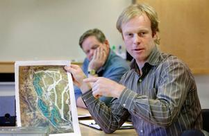 Efter nästan fem års planerande börjar den femte byn i Ullådalen och Rödkullen ta form. Björn Dählie är övertygad att politiker som varit tveksamma till delar av projektet ändrar uppfattning när de förstår att bebyggelsen ska smälta in i naturen.Foto: Johan Axelsson