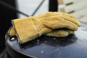 Äventyrarens handskar.