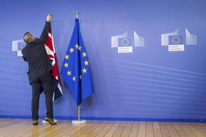 Det handlar om demokrati när britterna går till valurnorna den 23 juni. Förhoppningsvis lämnar Storbritannien EU, skriver fem företrädare för Landsbygdspartiet oberoende.