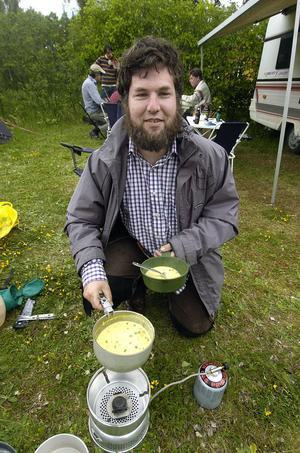 Peter Stensgård från Mönsterås hade åkt till Svabensverk för att dansa och laddade med frystorkat.
