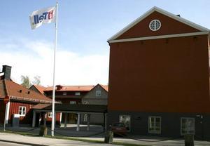 OBETALD HYRA. Itell i Hofors har inte betalt hyran för sina lokaler på Skolgatan sedan i november. Anledningen som företaget uppger är att det finns brister i lokalerna.
