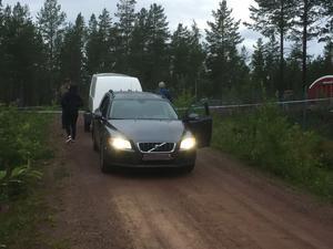 Polisens tekniker på plats vid Orsa Rovdjurspark avböjer att kommentera.