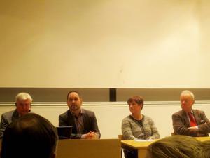 Bo Pellnäs, Jörgen Berglund, Annelie Luthman, Mats Berquist deltog på seminariet om hur Sverige ska försvaras. Foto: Christina Engholm