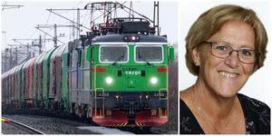 Allt fler godståg går genom Nykvarn. Märtha Dahlberg vill hitta sätt att dämpa oljudet.