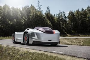 Många fordonstillverkare utvecklar nu självkörande bilar. Volvos förarlösa dragfordon Vera är ett exempel. Foto: Volvo Lastvagnar