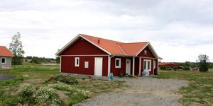 Sjömossvägen 4 i Heby såldes för 3000000 kronor.