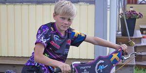 Alfred Åberg är en fartdåre enligt hans mamma.