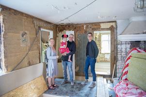 Hemma hos Magnus och Malin Westman i byn Juni. De renoverar och bygger ut för att kunna flytta in och fira julen 2019 där.