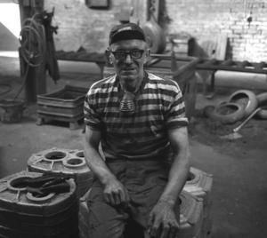 Första dagen efter semestern 1970 möttes Sören Lind av beskedet att gjuteriet skulle läggas ned och att han och alla hans arbetskamrater var uppsagda. Foto: Arbetarbladet/Lennart Pettersson
