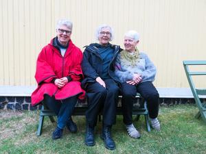 Kerstin Söderbaum Fletcher, Anita Svahn och Lena Andersson ställer ut under Tallbos första period i sommar.