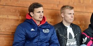 Axel Karlstedt (till vänster), här i Kramfors-dress, blev målskytt för sitt nya lag mot IFK Umeå.