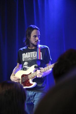 2016 spelade Andreas Kleerup tillsammans med Gävlemusikern Joel Svensson under namnet Flash of Titans.