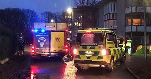 Brandkår och ambulans ryckte ut till Råby på larmet om brand i lägenhet som visade sig vara falsklarm.