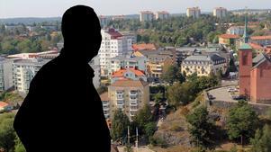 En man som heter Mikael? Allra flest i Nynäshamns kommun är männen födda år 1964, och det vanligaste namnet som små pojkar fick på 1960-talet var Mikael. Så kommunens vanligaste invånare kan vara en 55-årig man som heter Mikael.