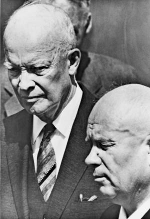 Ike Eisenhower och Nikita Chrusjtjov  träffades 1959, då Chrusjtjov  som förste Kreml-ledare besökte USA. Foto: Scanpix
