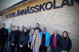 Både personal, elever och föräldrar i Ytterlännäs engarerar sig i att rädda högstadieskolan kvar