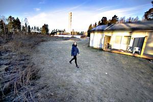 Johanna Bergström, Sandvikenhus. Enplans modulhus står redan i norra Björksätra. Bredvid ska ett tvåvånings modulhus byggas. Inflyttning i sommar.