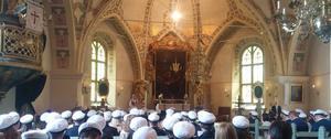 Våra fina ungdomar, i vår fina kyrka. Juni. Foto: Lars-Erik Eriksson