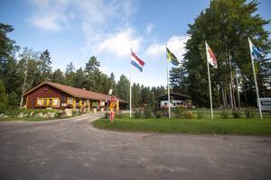 Hedesunda camping ligger på Ön strax söder om Hedesunda.