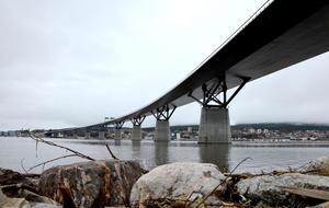 Snart monteras utrustningen som ska skydda Sundsvallsbron från rostangrepp.  Metoden kostar  knappt 7 000 kronor att driva på ett år.