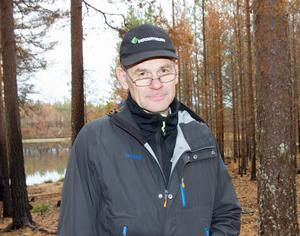Skogsstyrelsens generaldirektör Herman Sundqvist hade kommit till Abborrtjärn, strax norr om Laforsen för att presentera utredningen vid en presskonferens.