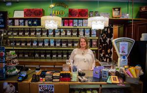 Åsa Aronsson, ägare till Kaffehandeln Ido söker nu en ny ägare till sin butik.